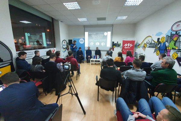 Okrogla miza: Kako iz Slovenije narediti deželo priložnosti